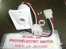 "WHITE PHOTOELECTRIC SWITCH MODEL 320  3"" DIA LAMP POST 120V WHITE IN COLOR"