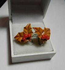 Charming Vintage Christmas Red Berries Enamel Holly Tree Screw Back Earrings.
