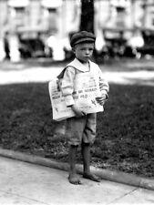 Newsboy Newsie Alabama 1914 Moving Rare Retro Old BW Giant Print POSTER Plakat