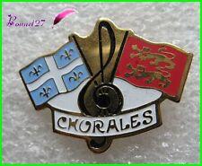 Pin's Musique CHORALES Drapeaux Normandie lion et fleur de lys #F4