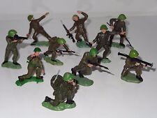 BRITAINS HERALD INFANTRYMAN SOLDIER