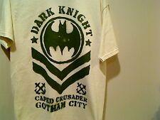 The Dark Knight Caped Crusader Gotham City T Shirt  Medium  Save 30%!!   Batman
