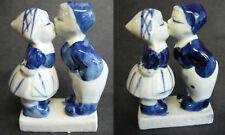 2 Delft Blue Holland Boy Girl Kissing Figurine Vintage