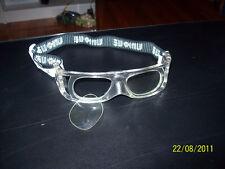 Lens or lensless eye protection racquetball goggles