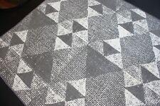 Design Teppich mit Rutschfeste unterlage aus Baumwolle verschiedene Größe Grau