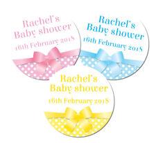 ADESIVI PERSONALIZZATI Baby Shower, Rosa, Blu o Giallo a Pois & Nastro, 60 mm