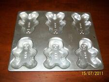 Wilton Mini Gingerbread Men cake pan,Tin,Mold-Makes (9)