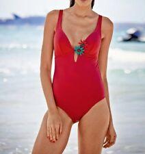 Badeanzug mit Blütenapplikation, Heine. Koralle. Cup B. NEU!!! KP 59,90 €