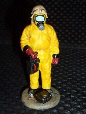 Pompier Allemand en tenue de protection chimiqu de 1996