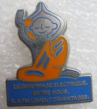 Pin's EDF Chauffage electrique entre nous Homme Zen #707