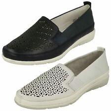 Ladies Remonte Lazer Detail Casual Flat Shoes D1922