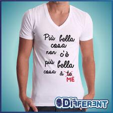 T-SHIRT CUELLO V PIU BELLA COSA DE ME SENTENCIA THE HAPPINESS IS HAN MY NEW