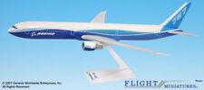 Boeing House Color Boeing 767-400 1:200 NEU B767 Demo