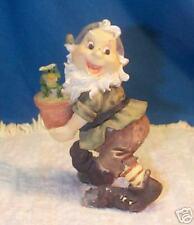 Snow White Dwarf Disney Happy MIC Carrying Frog n Pot TN