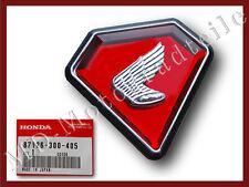 Honda CB 750 Four K1 Seitendeckel Emblem links
