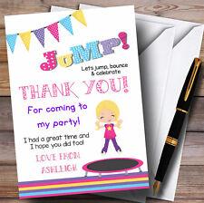 Jeune fille blonde Trampoline partie cartes de remerciements