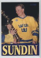 1995-96 Semic Globe #256 Mats Sundin Toronto Maple Leafs Hockey Card