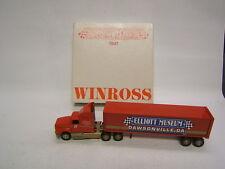 Winross Elliot Museum 1992 Night Cab Aerodynamic Windscreen Dual Stacks 1:64