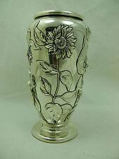 Original vase en métal argenté, Marcello Giorgio.
