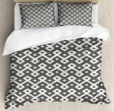 Geometric Duvet Cover Set with Pillow Shams Persian Diamond Line Print