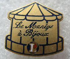 Pin's Magasin LECLERC Le Manége à Bijoux  #D3