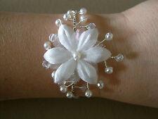 Bracelet Couleur Ivoire/Cristal p  robe de Mariée/Mariage/Soirée, perles nacrées