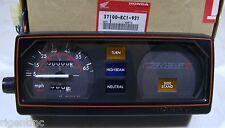 NEW OEM HONDA CB125 CB 125 GAUGES METERS CLOCKS 37100-KC1-921