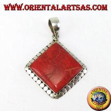 Colgante de plata 925 ‰ con ramificación coral rojo cuadrado rodeado tachuelas