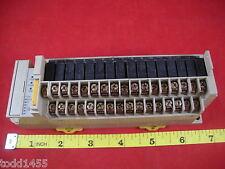 Omron SRT2-ROC16 24v dc Multiple I/O Remote Terminal Output Module used