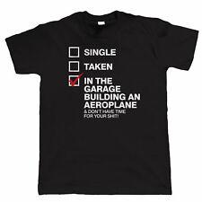 In garage a costruire un aereo, da Uomo Divertente T-shirt, RC Radio Controllato