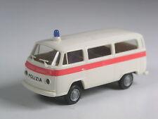 Premio especial: Brekina # 3310 suiza VW t2 coche familiar polizia en OVP