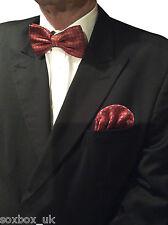 Mens Bow Tie and Ready made slot in Handkerchief set Polka Dot No 40