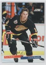 1993-94 Score International Stars #22 Petr Nedved Vancouver Canucks Hockey Card