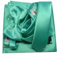 Abbinata Verde Tiffani Cravatta con Fazzoletto Taschino e Papillon