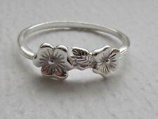 Mesdames sterling silver ring avec fleur de choisir taille cadeau gratuit box