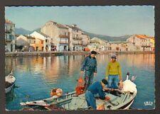MACINAGGIO (Corse) VILLAS & BATEAUX de PECHE , PECHEUR avec ARAIGNEE DE MER 1970