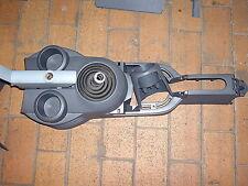 Mitsubishi Colt VI b.j. 04-08 Mittelkonsole Becherhalter