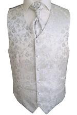 VESTE DE MARIAGE AVEC PLASTRON,Pochette costume et cravate nr.16.2 taille :