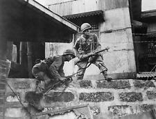 WWII Photo, US Soldiers Manila Street  WW2 M1 Carbine US Army World War Two