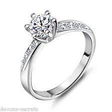 Señoras Plata Compromiso Boda joyas de diamantes de imitación Anillo Banda Diamonte R12