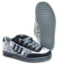 World industria Shoes Basics cortos skateboard BMX stuntscooter inline zapatos #