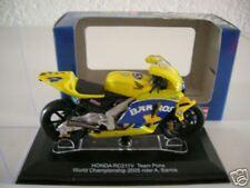 Revell Honda rc211v équipe pons, A. Barros 2005, 1:22