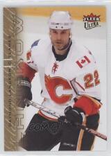2009-10 Fleer Ultra Gold Medallion 23 Daymond Langkow Calgary Flames Hockey Card