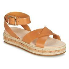 a4cdb4393 Sandali e scarpe cinturini alla caviglia neri Clarks per il mare da ...