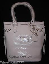 GUESS Veracruz Signature Carryall Shopper Tote Bag Handbag Sac Heart Charm New