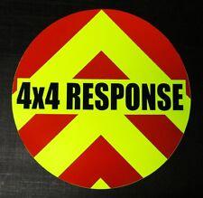 Risposta 4X4 WHEEL COVER Decalcomania Riflettente Chevrons 50cm (per i deputati utilizzano solo)