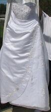 David's Bridal Strapless Organza A-line gown w/ satin draping chapel train 14 BN