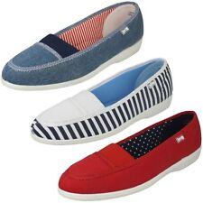 Ladies Freestep Flat Canvas Shoes Patch