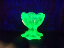 GREEN  VASELINE GLASS URANIUM FOOTED TULIP SALT  TABLEWARE    (( ID121216  ))