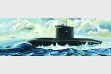 Trumpeter 05903 1/144 Russian Kilo Class Submarine